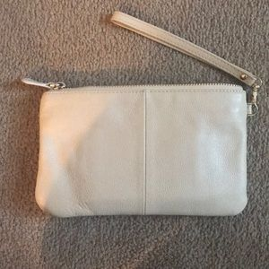 Handbag Butler Mighty Purse Clutch